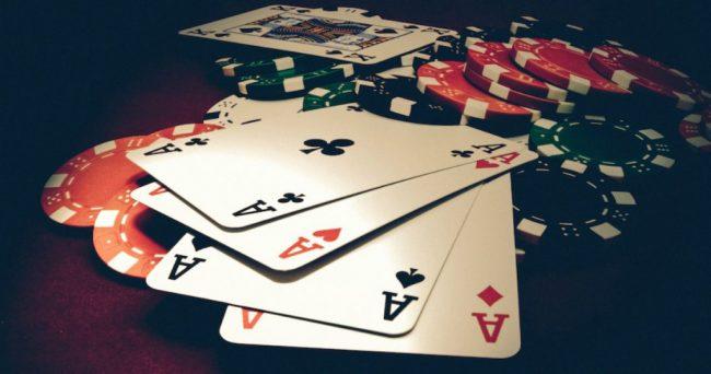 Keuntungan Bermain Taruhan Di Dealer Pokerclub88